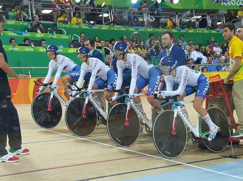 Quartetto inseguimento donne al via qualificazioni Rio 2016